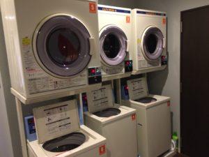 カプセルホテル 洗濯機