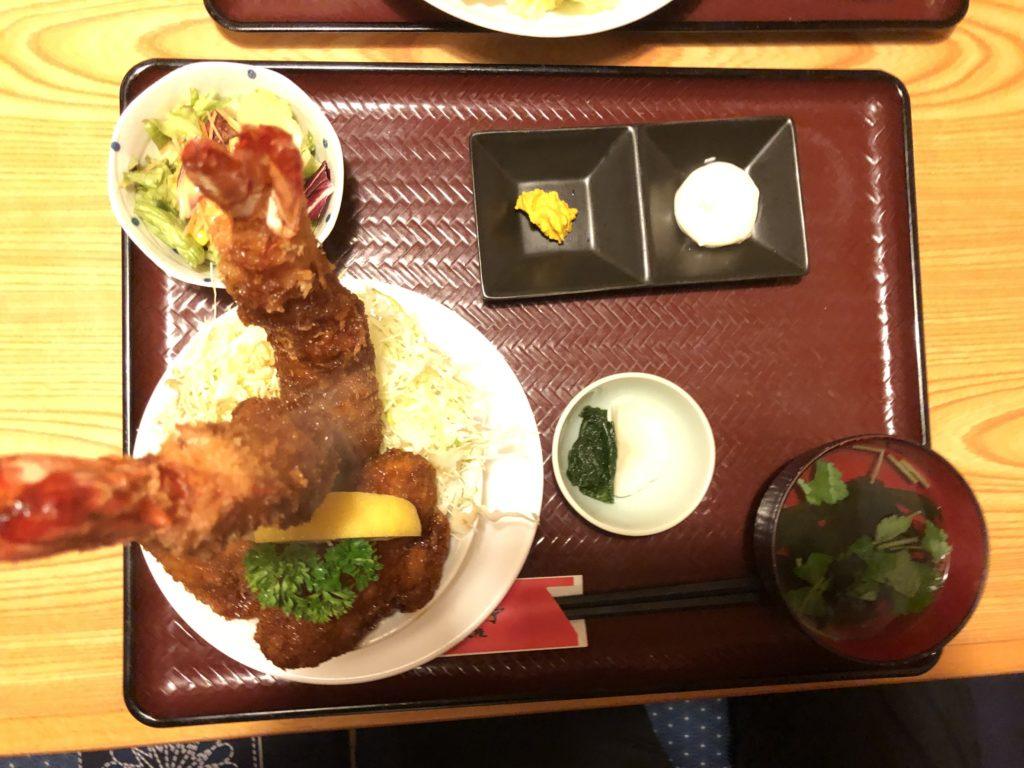 だんだん亭の本気丼はエクスカリバー(¥2000–)
