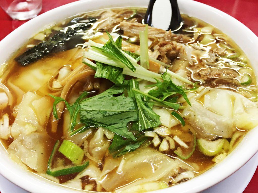 27.龍軒【南魚沼市ラーメン】ワンタン麺がプリップリでほっぺが落ちる