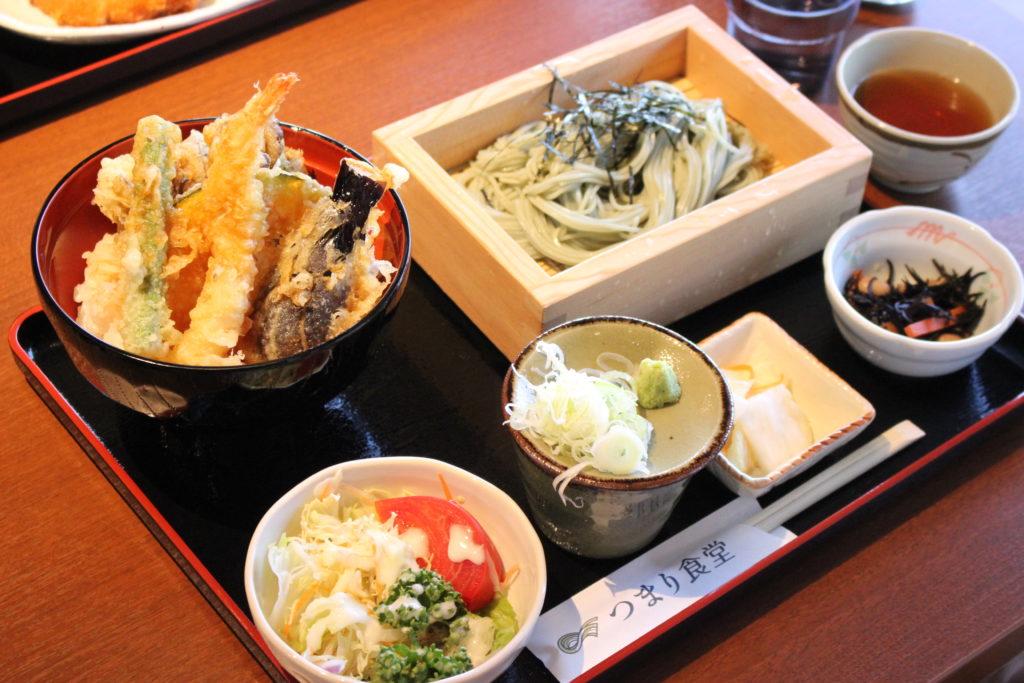 つまり食堂の天丼そばセット(1300円)