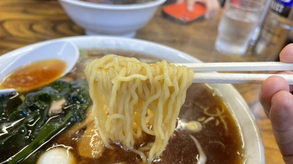 ラーメン味平、麺
